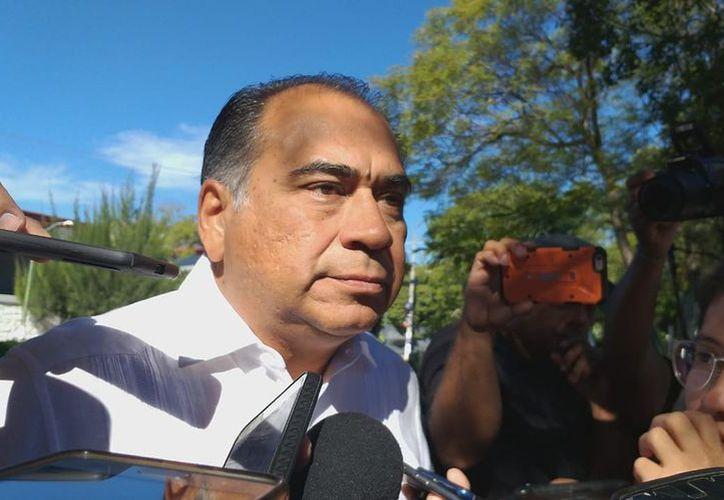 Héctor Astudillo, gobernador de Guerrero, habla sobre el asesinato del paramédico y policías. (Foto: Milenio)
