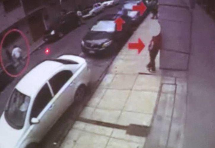 El procurador capitalino mostró un video en el que se observa a Gutiérrez Vera el día de plagio realizando funciones de distracción a bordo de un taxi. (Foto de contexto. Archivo SIPSE)