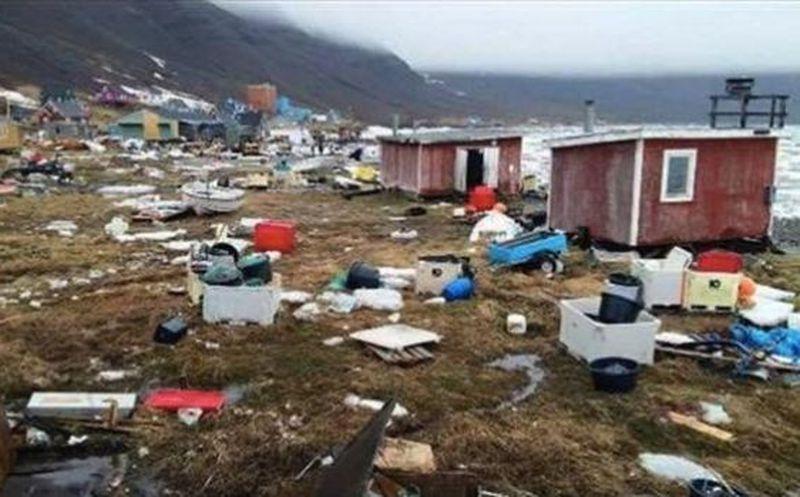 Graban cómo un tsunami arrasa hogares en Groenlandia tras fuerte sismo