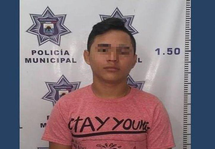 Renan  'N'  fue puesto a disposición de las autoridades para que se inicien las averiguaciones correspondientes. (Redacción/SIPSE)