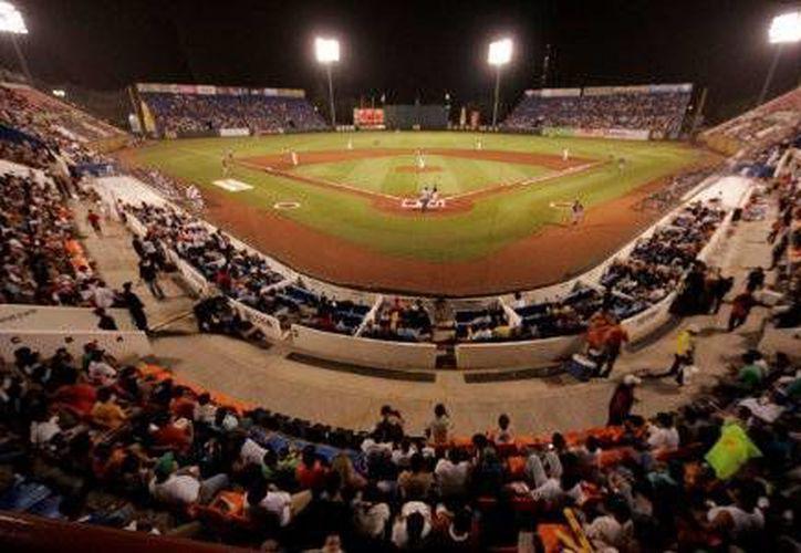 Los Tigres de Quintana Roo han logrado incrementar el número de entradas al estadio. (Redacción/SIPSE)