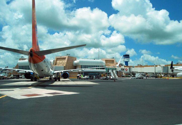 Entre los premios anunciados se encuentra: Cancún, el mejor Aeropuerto Internacional de México y Centroamérica. (Tomás Álvarez/SIPSE)