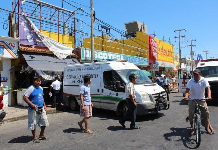 Un sujeto perdió la vida al tocar un microondas en reparación dentro de un negocio en Chetumal. (Redacción/SIPSE)