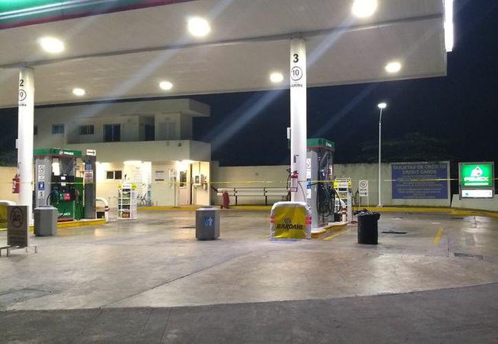 Sujetos armados amarran a empleados y se llevan el dinero de una gasolinera. (Archivo/SIPSE).
