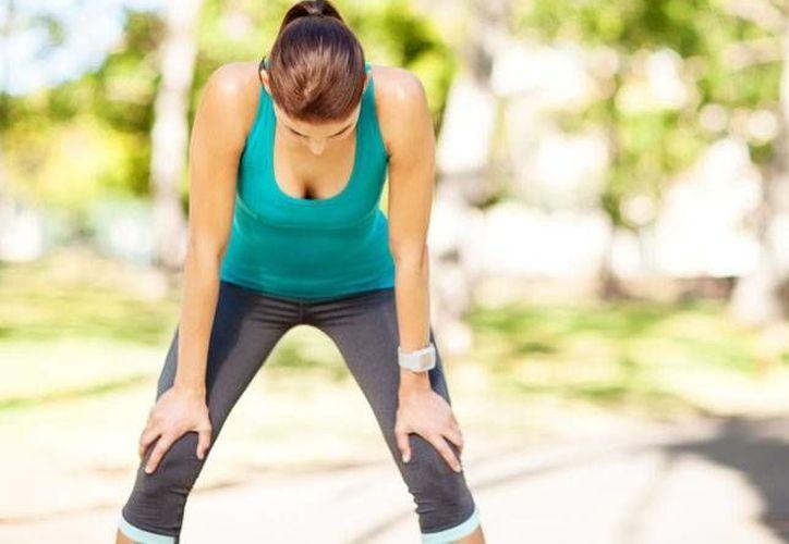 Correr es el ejercicio aeróbico perfecto para quemar grasa corporal y mantener la figura. (www.womenshealth.es)