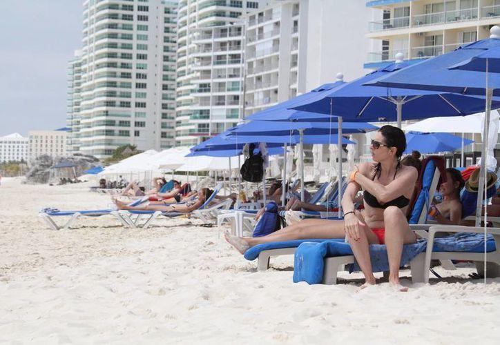 Esperan la llegada de unos 10 mil turistas provenientes del extranjero. (Sergio Orozco/SIPSE)