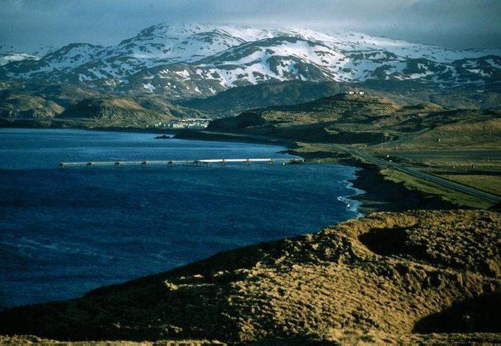 La población más cercana al epicentro del sismo es Adak, habitada por unas 300 personas. (panoramio.com)