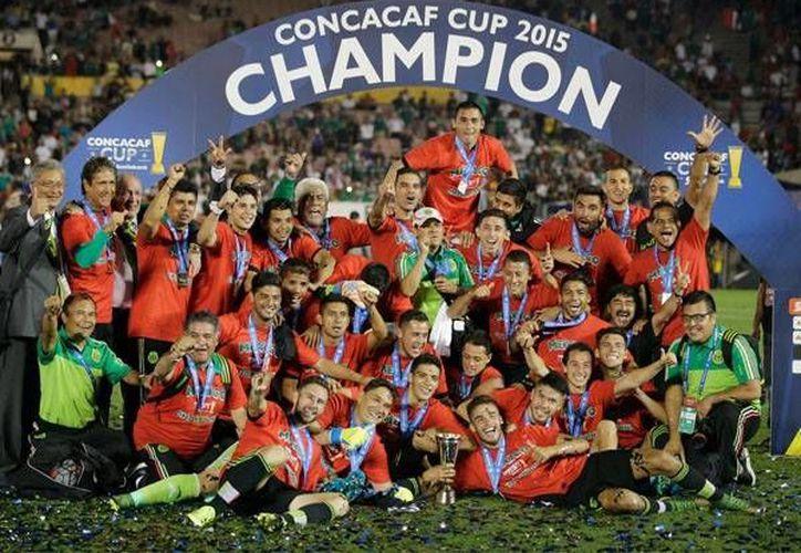 La selección mexicana será cabeza del grupo C en la próxima Copa América Centenario que se llevará a cabo en EU. El sorteo de de los grupos se realizará a principios de 2016. (AP)