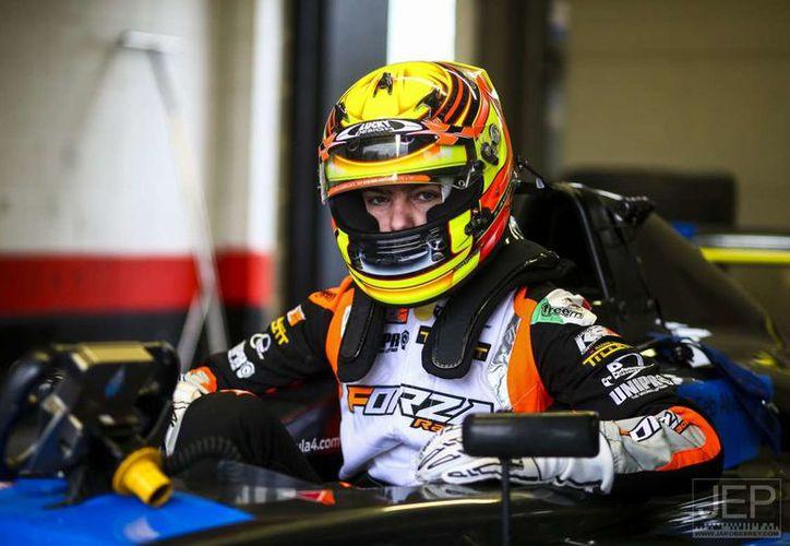 Este domingo afrontará el round 18 en este mismo Circuito Snetterton Motor Racing, de Norfolk, Inglaterra. (Foto: JEP)
