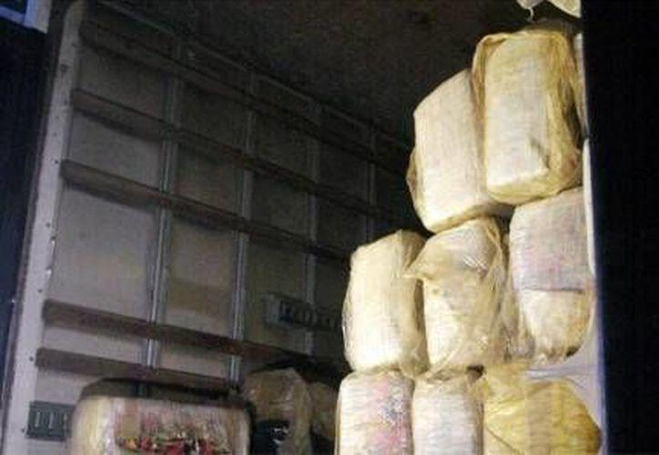 En 2012 se decomisaron 2 mil 177 toneladas)de narcóticos en fronteras de EU. (Notimex/Foto de archivo)