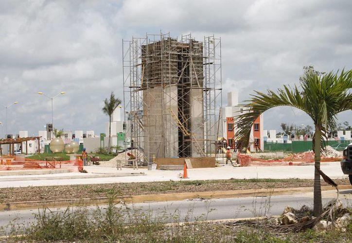 Crece la construcción de viviendas en Cancún. (Israel Leal/SIPSE)
