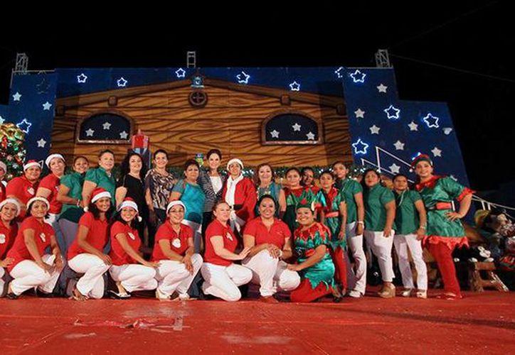 Se realizó un festival navideño en el parque Quintana Roo. (Cortesía/SIPSE)
