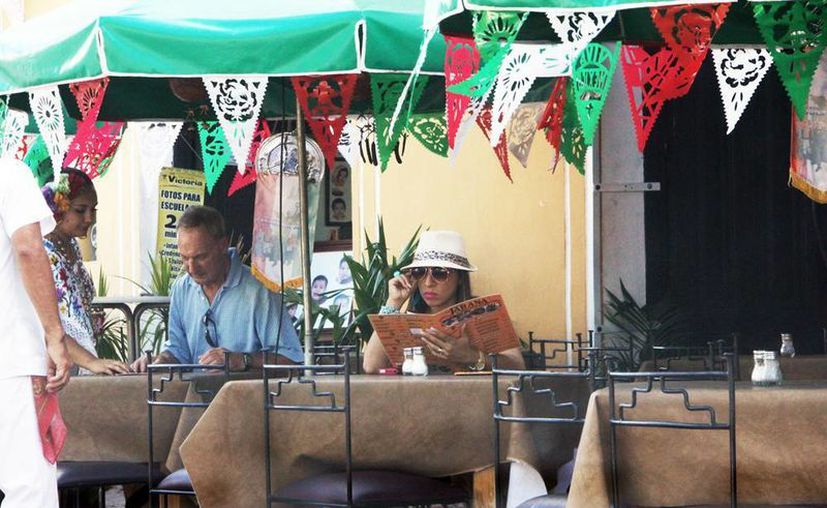 La Canirac cuenta con 400 agremiados en la ciudad. Restauranteros afirman que Mérida está sobrevaluada muy lejos de los precios justos. (Milenio Novedades)