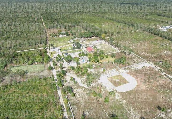 Así luce desde el aire el rancho San Gabriel, la opulenta propiedad de Fidel Gabriel Villanueva Rivero. (Redacción/SIPSE)