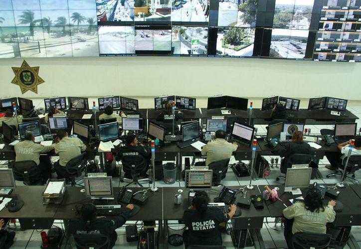 La Umipol cuenta con 613 cámaras de videovigilancia en Mérida, el Periférico y zonas fronterizas. (Jorge Acosta/ Milenio Novedades)