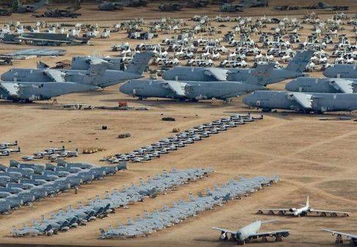 La la Base de la Fuerza Aérea Davis-Monthan, en Tucson, Arizona, fue reabierta al comprobarse que no había peligro. (Foto: www.infobae.com)