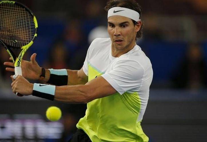 Rafael Nadal obtuvo el campeonato del torneo de Abu Dabi tras derrotar en dos sets al tenista belga David Goffin.(Archivo/AP)