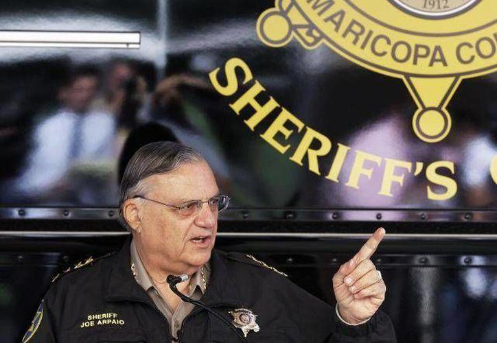 Exigen que el sheriff Joe Arpaio admita que su administración cometió caracterización racial contra hispanos. (Archivo/SIPSE)