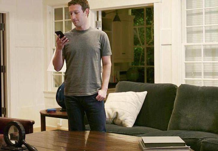 Mark Zuckerberg, fundador de Facebook, comenzó a trabajar en el proyecto Jarvfis a principios de este año. (Foto tomada de dineroenimagen.com)
