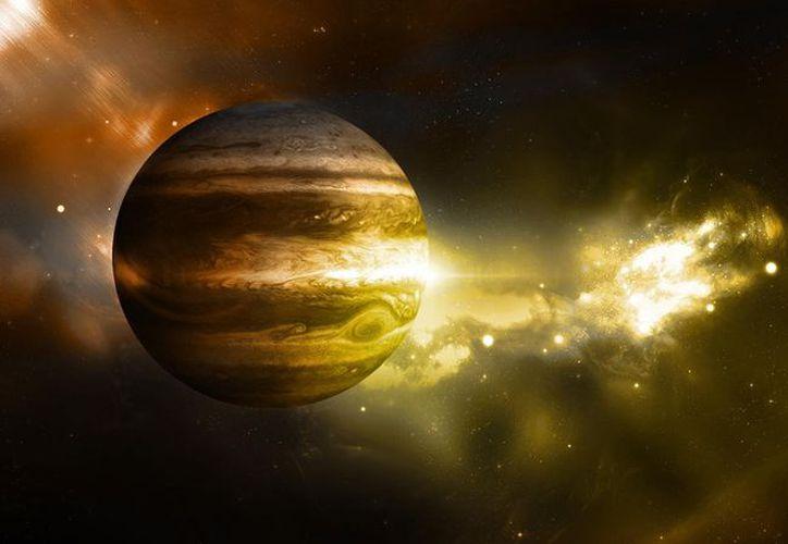 El campo magnético de Júpiter es incluso más fuerte de lo esperado y de forma más irregular. (El asertivo)