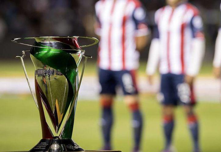 Destacar que en esta edición se cambió el formato de tal forma que pudieran competir los cuatro clubes con más convocatoria del fútbol mexicano. (Omar Martinez/ MexSports).