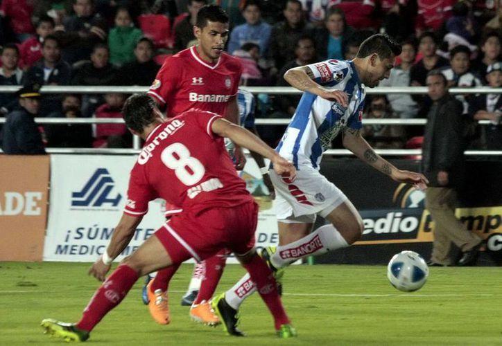Pachuca perdió 1-0 ante Toluca en partido inicial del Torneo Clausura 2014 efectuado en el estadio Hidalgo. (Archivo Notimex)