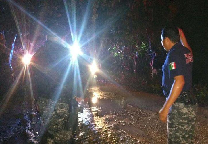 Cuatro mujeres fueron rescatadas tras pasar la noche extraviadas en el monte, cerca de Xpu-Ha. (Adrián Barreto/SIPSE)
