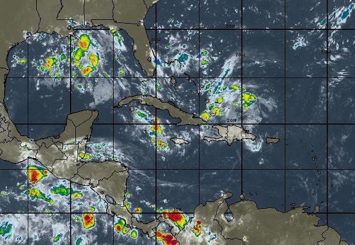Para hoy se espera mayormente nublado, la probabilidad de lluvias es del cero por ciento con tormentas en la tarde. (intellicat)