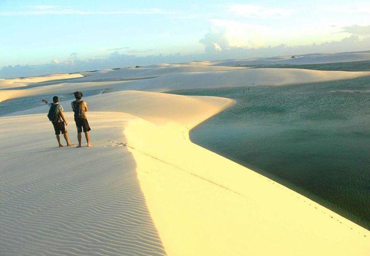 El Parque Nacional de los Lençois Marañenses es visitado por decenas de miles de turistas cada año. (wordpress.com)
