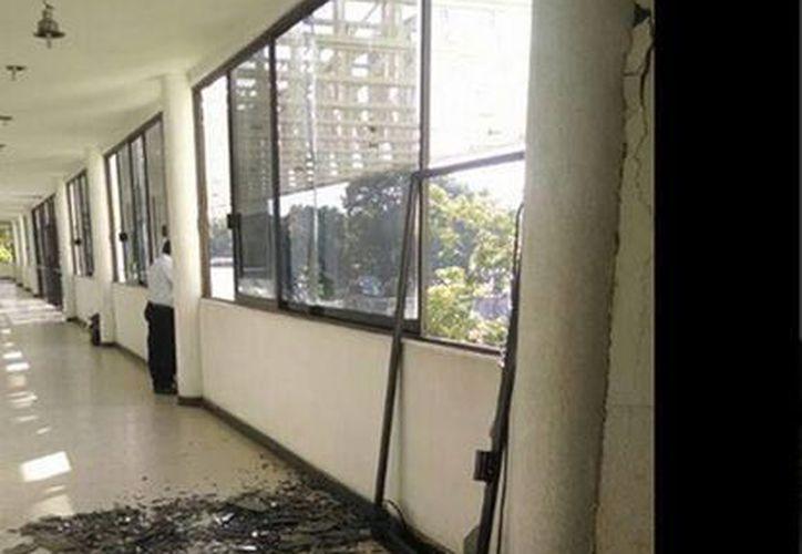 Aspecto del Tribunal de Justicia de Tapachula tras el sismo matutino. (twitter.com/ronaymx)