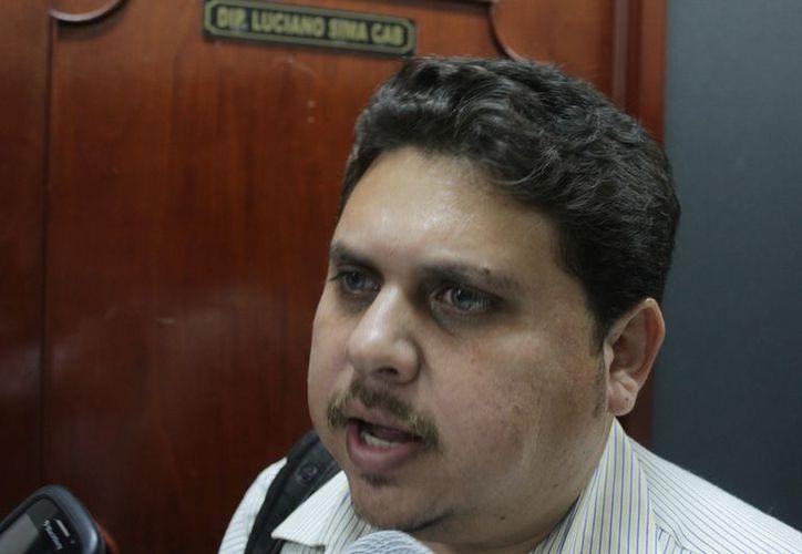 José Luis Martínez Garza, abogado defensor de Edith Mendoza Pino. (Ernesto Neveu/SIPSE)