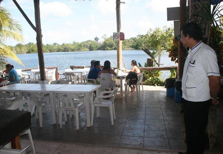 Se capacitará a personal para camaristas, barman, cajeras y recepcionistas. (Javier Ortíz/SIPSE)