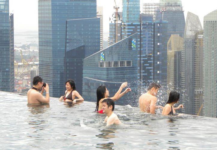 Singapur tiene uno de los mayores PIB per cápita a nivel mundial. (Internet)