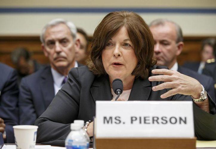 Julia Pierson, titular del Servicio Secreto de EU, admitió la responsabilidad por las fallas en la seguridad de la Casa Blanca. (AP)