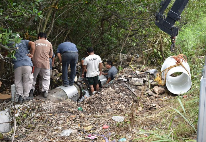 Este tipo de fugas se han originando con más frecuencia por la antigüedad de las tuberías.(Foto:Novedades Yucatán)