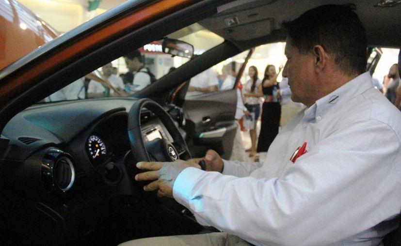 Empresarios analizan dejar de comprar automóviles de Ford. (Foto: Octavio Martínez)