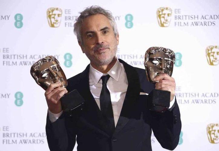 El director mexicano agradeció al elenco de la película, encabezado por Yalitza Aparicio y Marina de Tavira. (Internet)