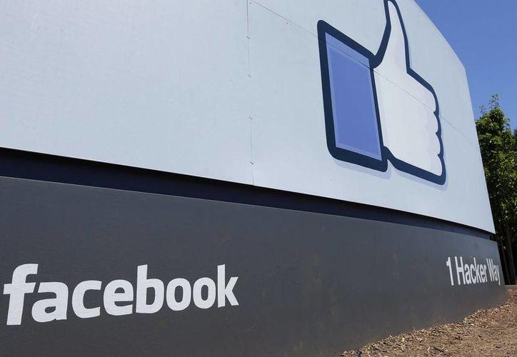 Facebook indicó que las patentes de Surfbook no debieron ser otorgadas al científico Van Deer Meer. (wikimotive.com)