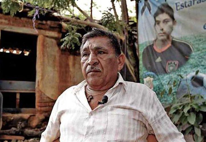 La falta de recursos obligó a Ezequiel Mora, padre de Alexander, a abandonar las actividades de los otros padres de los desaparecidos. (Héctor Téllez/Milenio)