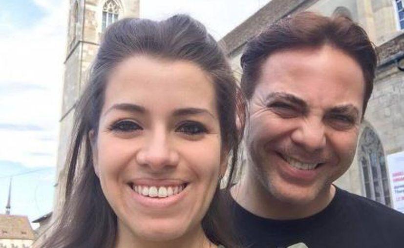 Cristian le pidió a Carol Victoria que se convirtiera en su esposa a través de un anuncio en un periódico. (Twitter)