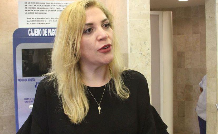 La actriz Mayra Alejandra participará en el concierto que se ofrecerá en el Teatro Constituyentes. (Alejandra Carrión/SIPSE)