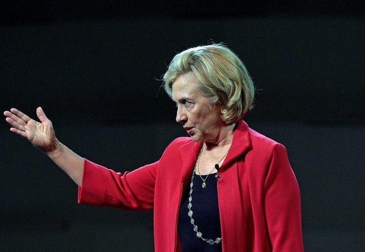 Hillary Clinton buscará captar el voto latino, decisivo para la elección presidencial de 2016. (EFE/Archivo)