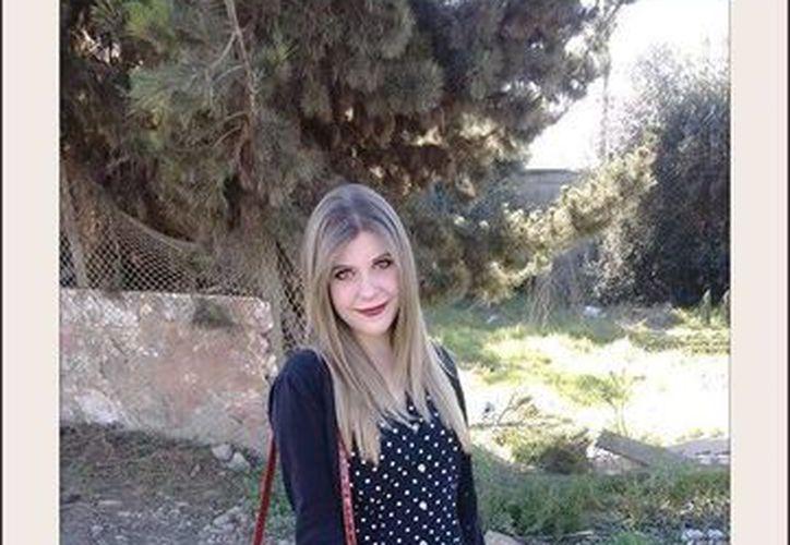 Anastasia Lechtchenko Masney confesó el asesinato de su madre y su hermana, pero debido a que un juez no ordenó su aprehensión quedó en libertad. (facebook.com/anastasia.l.masney)