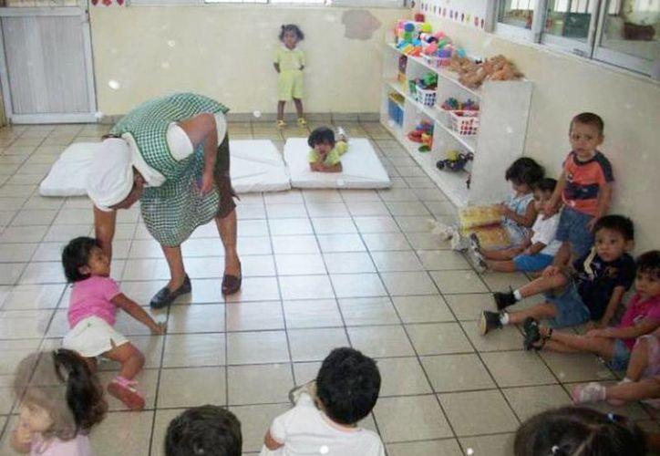 esta nueva oferta educativa está enfocada a la creación de especialistas en el cuidado de menores de 0 a 3 años de edad. (Foto de contexto, Internet)
