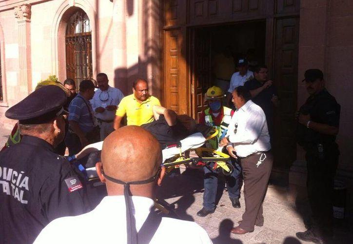 El ataque dejó como saldo 4 personas heridas. (@danieldekoster/Twitter)