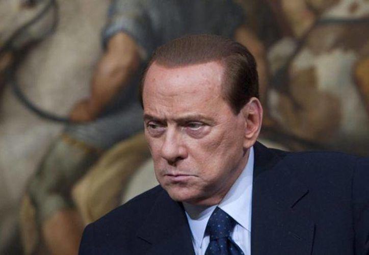 El ex primer ministro italiano, Silvio Berlusconi era considerado inadecuado para enfrentar la crisis económica, que en esos momentos tenía su epicentro en Italia. (Archivo/AP)