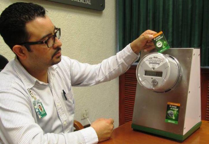 Con el nuevo sistema, el usuario elige la fecha de facturación de su consumo de energía eléctrica. (Archivo/SIPSE)