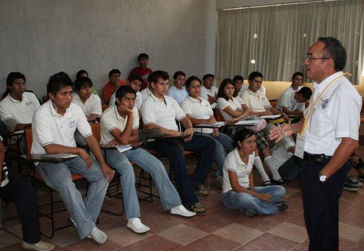 Entre los 6 programas educativos de Yucatán que recibirán 253 mdp están: Inclusión y Equidad Educativa, Fortalecimiento de la Calidad Educativa y Programa Nacional de Becas. (Milenio Novedades)