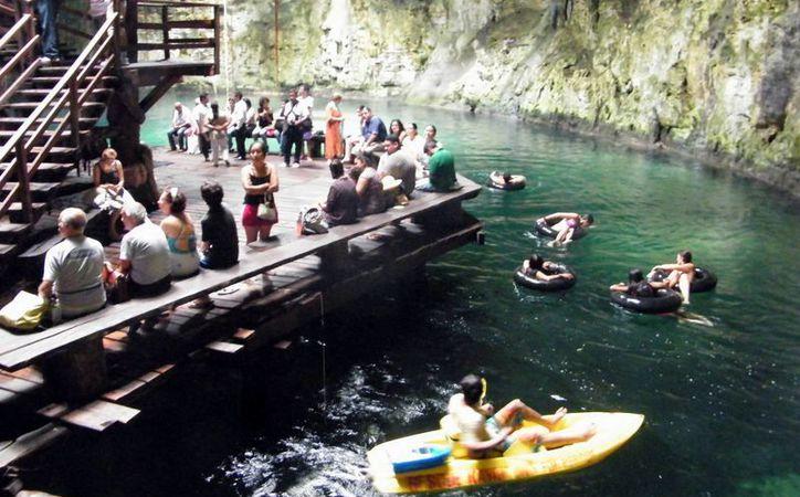 Cenotes buscan ofrecer mayor comodidad y atractivo turístico. (Milenio Novedades)