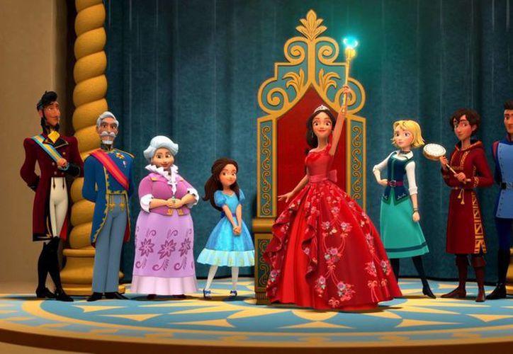 La princesa latina Elena de Avalor (centro) es una muestra de la creciente diversidad que hay en la empresa Disney. (okchicas.com)